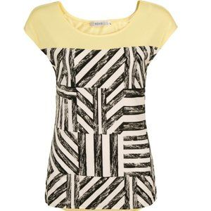 Ricki's Yellow Yoke Extended Shoulder Black and White Printed Top, Size Small